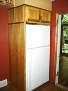 Refrigerator cabinet w/side panel